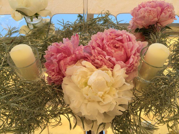 White and Pink Peonies, candles, mirror, Wedding Day, peach and white colors, Hotel Bonadies, ravello, Olga Studio, Sposa Mediterranea, Federica Wedding Planner