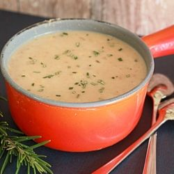 Creamy Tuscan white bean soup by kitchentreaty