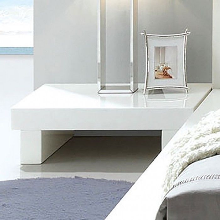 NEW CRYSTAL ULTRA MODERN WHITE GLOSS LACQUER WOOD NIGHTSTAND END TABLE
