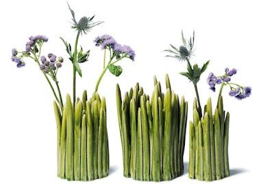 I like these vases :)