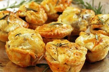 Little beef and mushroom pies