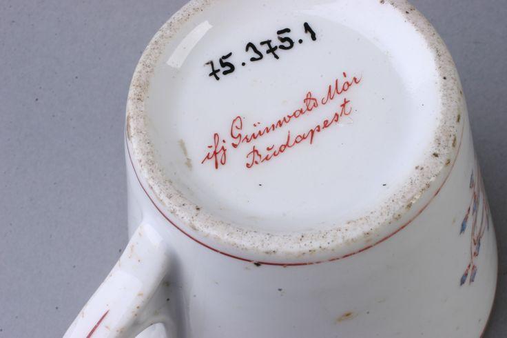 csésze  [Magyar Kereskedelmi és Vendéglátóipari Múzeum]