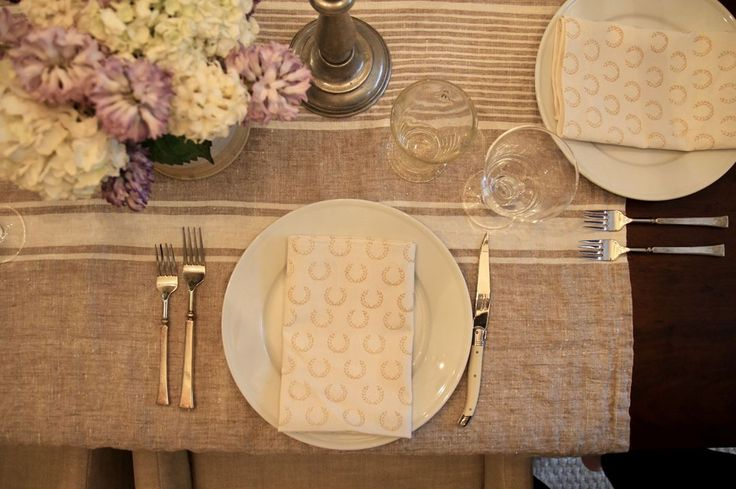 Here is a view from last night's family dinner table.  I pulled out the Wheat Wreath Napkins from the fall collection.  The warm gold color looked 👌 with the purple hyacinth and natural linen cloth.  Love taking old favorites and making them feel fresh each season.  https://everyday-occasions.myshopify.com/collections/wood-block-collection/products/wheat-wreath-block-print-napkins-set-of-4