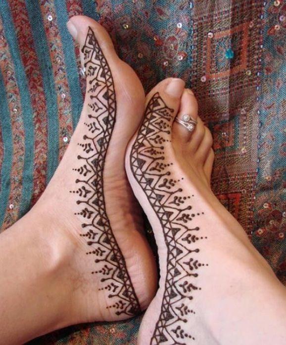 Henna voet / feet www.hierishetfeest.com