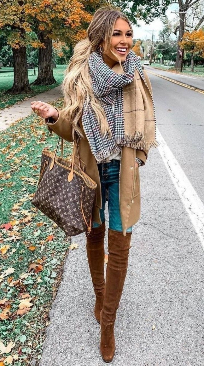 Layers and layers for fall   Chic winter outfits, Autumn fashion ...
