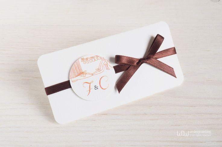 Partecipazioni di Nozze personalizzate_Inviti per matrimonio moderno_Partecipazioni in cartoncino_Bianco e Arancio_Fatte a mano in Italia di WeDesignHandmade su Etsy