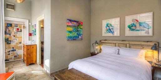 £55 -- Budapest: Central Boutique Hotel Stay w/Prosecco | Travelzoo