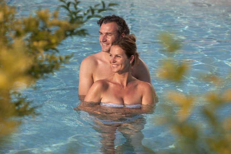 ⚡ Unser Last-Minute Deal der Woche! ⚡ 💦 Feiertags Angebot! 3 Nächte im ⭐⭐⭐⭐⭐ Romantik- und Wellnesshotel Deimann schon ab €345.- inkl. Verwöhnpension! Angebot gültig von 03.10.2017 - 06.10.2017‼  #leadingsparesorts #wellness #leadingspa #lastminute #hotels #wellnesshotels #pool #offer #angebot #germany #holiday #vacation #design #break
