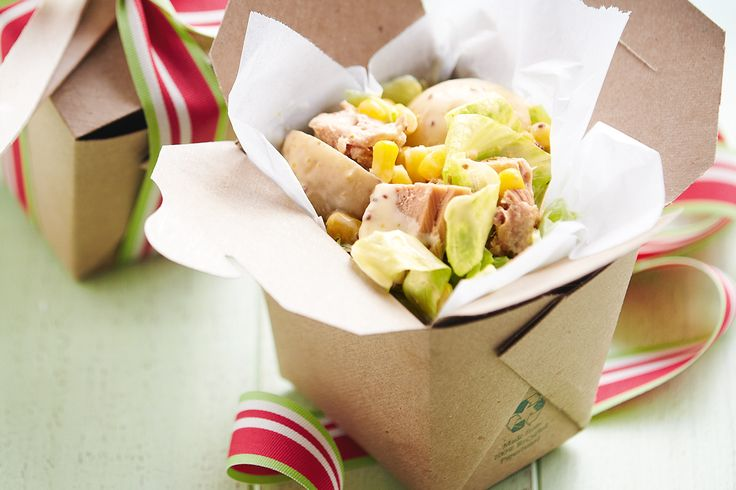 Creamy tuna potato salad #Picnic #ValentinesDay http://www.taste.com.au/recipes/29823/creamy+tuna+potato+salad