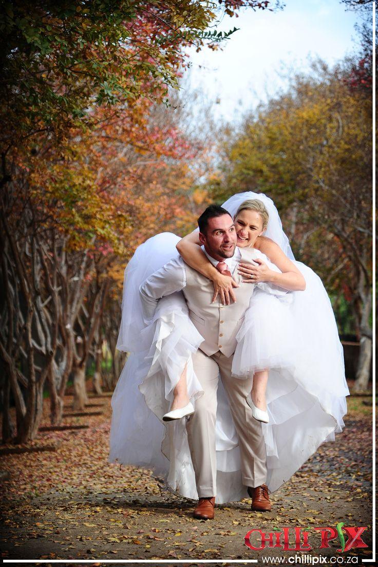 ChilliPix Couple Sessions @ Garden World. Wedding Photography. Fun Wedding Photography Ideas. Garden World. Photographer. Garden World Wedding Venue. Best Wedding Photographer. Creative Wedding Photo Ideas. Natural Wedding Photography
