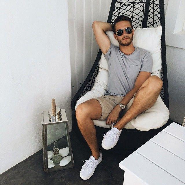 Nice outfit from: iamgalla