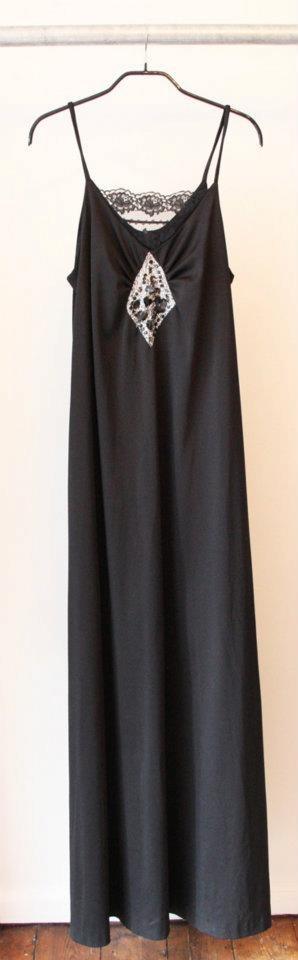 80's Ørni vintage dress  100% polyester  Size 38  Dkk 200,-  Available in Beware of Limbo Dancers