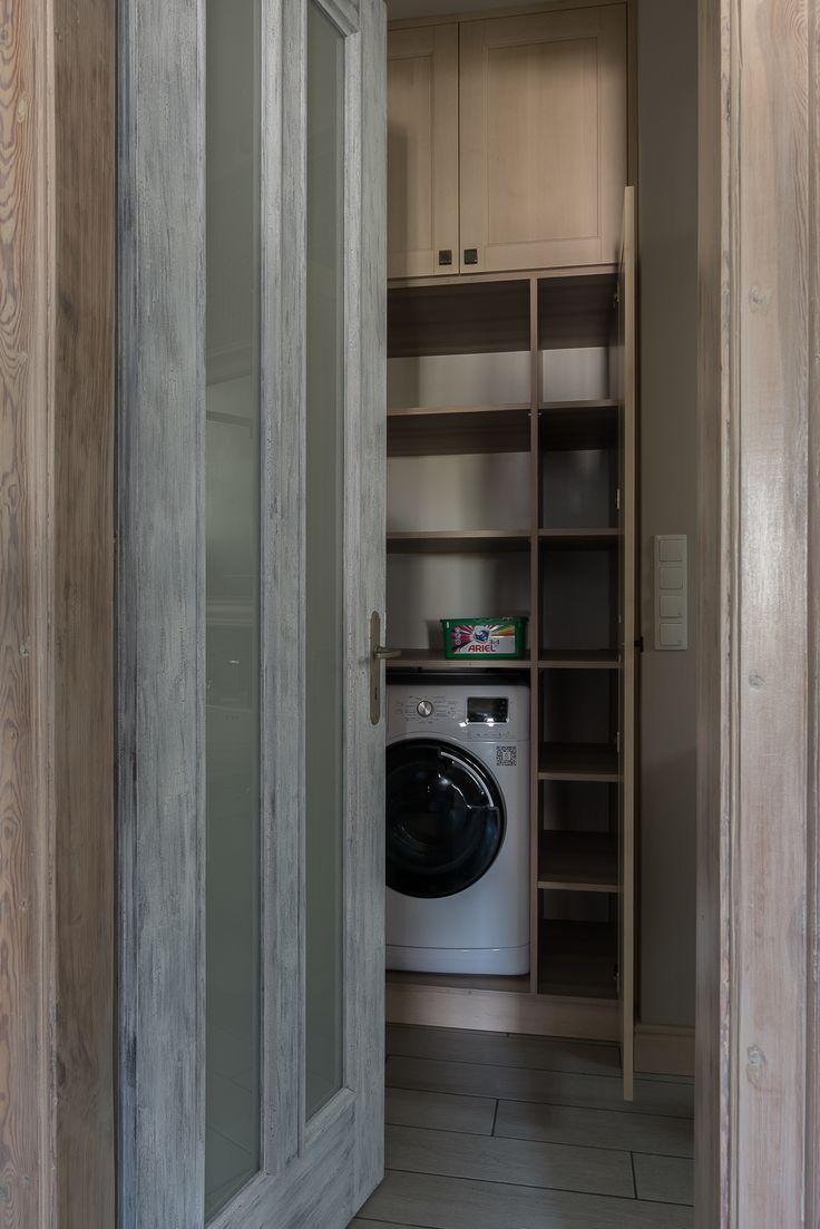 Przestronny apartament w stylu shabby Projekt Jacek Tryc - PLN Design
