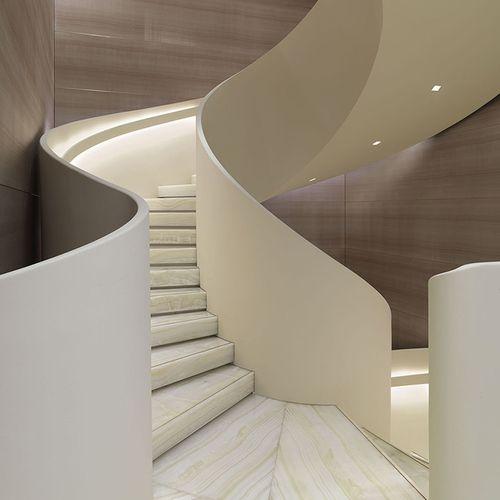 Articulating armani giorgio armani s redesigned milan for Giorgio aldo interior designs