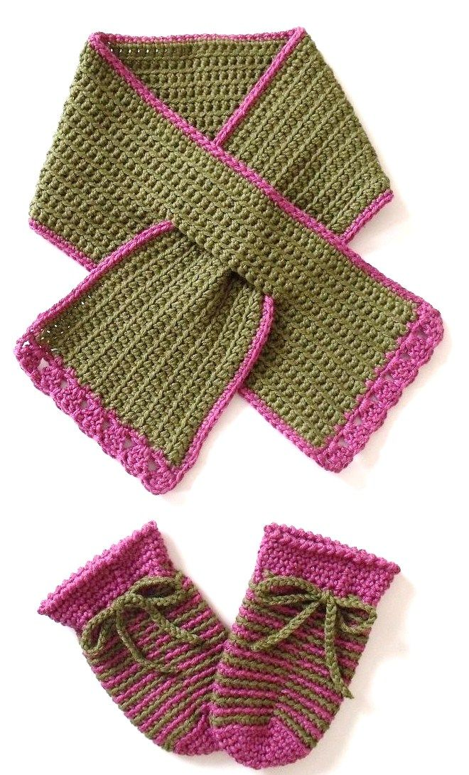crochet scarf patterns   KEYHOLE CROCHET FREE PATTERN SCARF « CROCHET FREE PATTERNS i need to learn.. Want these for my girls!