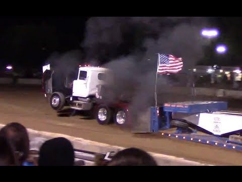 "Tractor Pull Pro Stock Semi ""Big Mack Attack"" Accident"