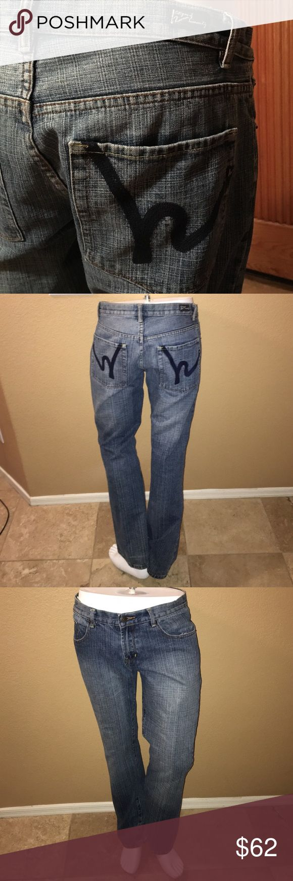 Men's Citizens of Humanity Jeans! 78. Authentic Men's Citizens of Humanity Low Waste Flare Stretch Dark Wash Jeans! Size W:35, L:32, 100% Cotton. In excellent condition only worn a couple times! Citizens of Humanity Jeans Bootcut