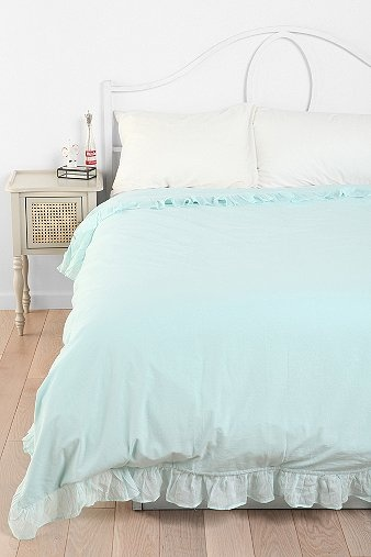 solid edge ruffle duvet coverurban outfitters