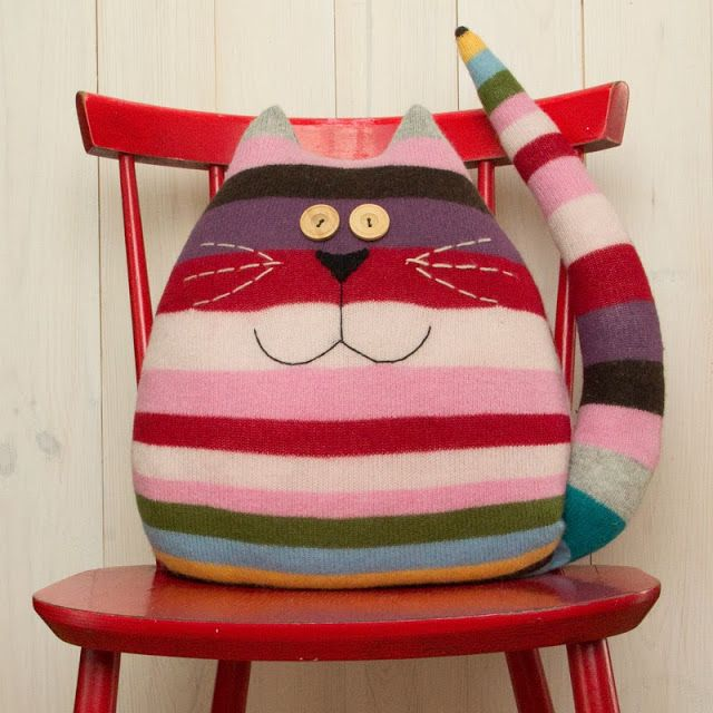 I have a wonderful spring bright striped sweater already felted - I wonder how they made this? Haven't looked yet. Gu created: December 2013