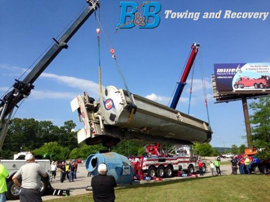 B&B Towing & Recovery provides towing service, crane service, tow truck, mobile auto repair and heavy duty towing in St. Johnsbury VT. Call 802-748-9444