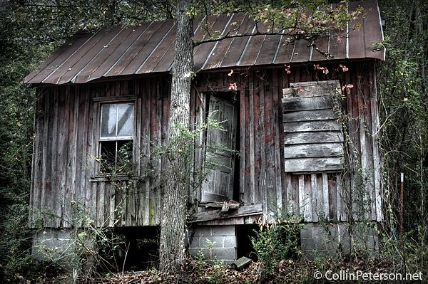 165 best old houses images on pinterest abandoned houses for Wooden nickel cabins