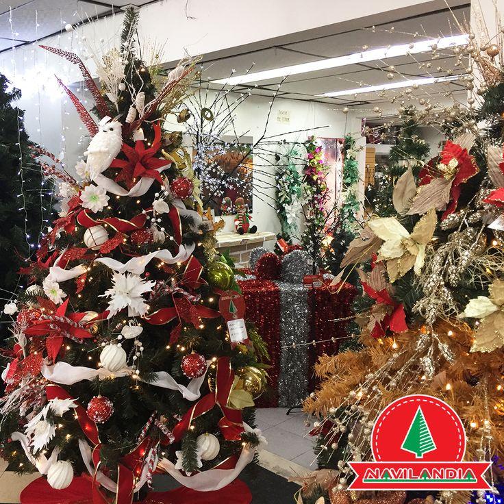 Para tu decoración de Navidad ¿Prefieres diseños clásicos o modernos? 🎄💖🎅 #VentaArbolesDeNavidadColombia #VentaArbolesDeNavidadCali #VentaArbolesDeNavidadMedellin