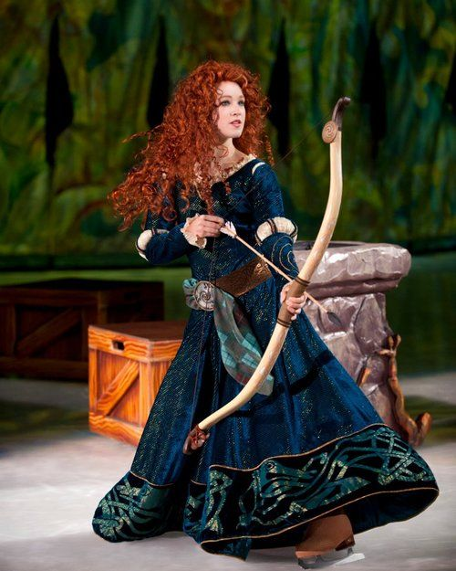 Merida in Disney on Ice. I want to see this so bad. I mean, seriously, you don't even know...