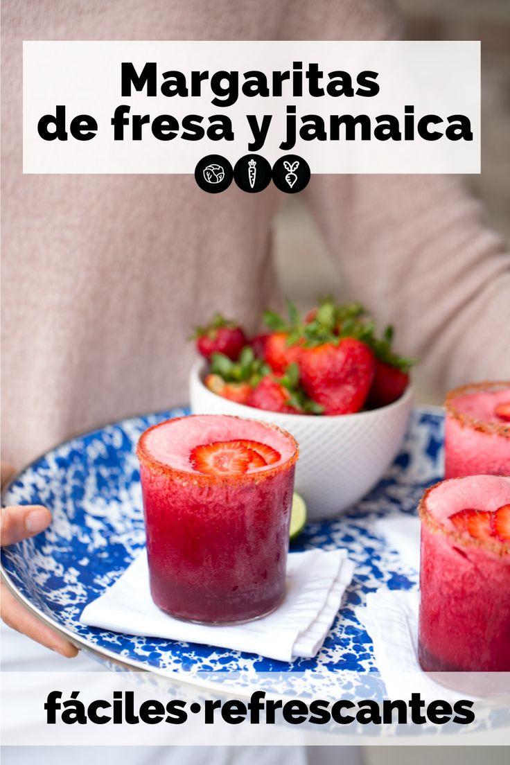 Deliciosas margaritas de jamaica y fresa para celebrar un día especial. Son fáciles de hacer, deliciosas y están llenas de antioxidantes para nuestro cuerpo. Jamaica, Cocktails, Candy, Vegetables, Food, Easy Vegan Recipes, Beverages, Strawberry Margarita, Breakfast