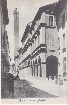 Al Trust delle Cartoline Postcard - Bologna - Via Mazzini c1909