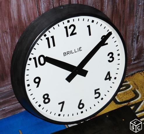 horloge industrielle brilli ancienne 54 cm quelle heure est il pinterest. Black Bedroom Furniture Sets. Home Design Ideas