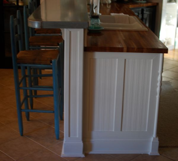 Kitchen Cabinet Molding Ideas: Butcher Block Kitchen Island Breakfast Bar