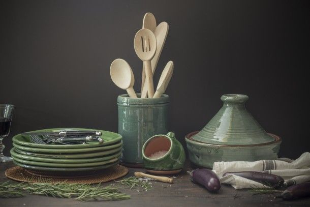 Beautiful handmade pottery for cooks by Tony Sly // Raglan, New Zealand // Available online // As featured on Studio Home