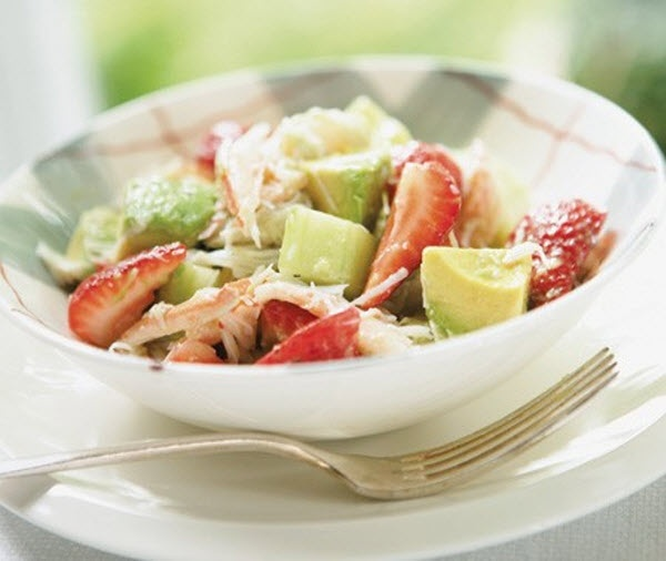 Ricardo Larrivées Crab & Strawberry Salad Recipe