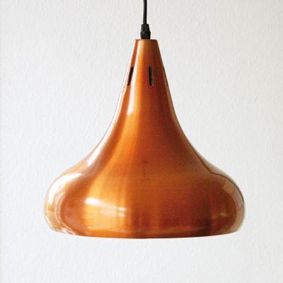 YAY! Set van 2 vintage koperen hanglampen van jo hammerborg voor Fog en Morup.  www.baakenbaet.nl