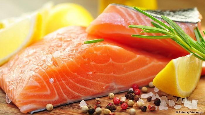 http://www.emaratyah.ae/8735.html فوائد زيت السمك..حقيقة علمية أم مجرد إشاعة؟