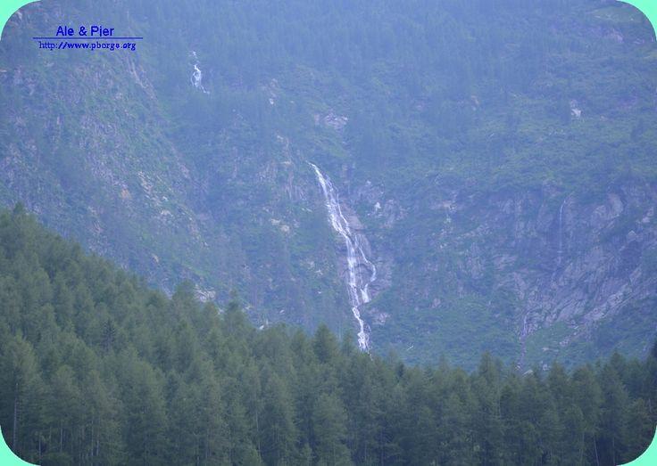 Cascata Valorz ... che alimenta il sottostante percorso Kneipp.