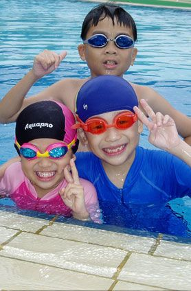 Singapore Swimming Association is full of certified coaches present at learn to swim Singapore  Provide you a great Training .