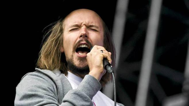 Jukka Poika Tavastialla syksyllä 2012 Max Romeon lämppärinä.