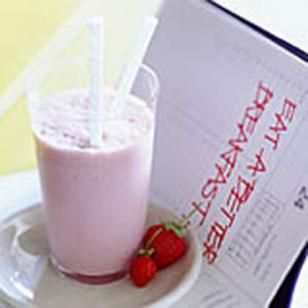 strawberry almond smoothie