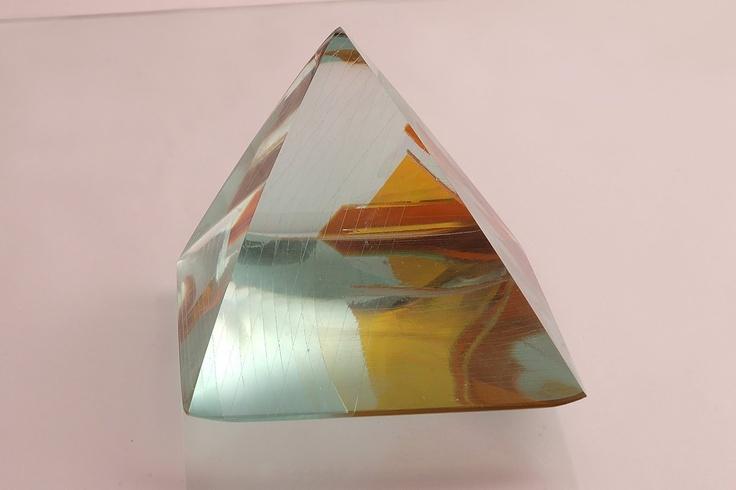 convex pyramid