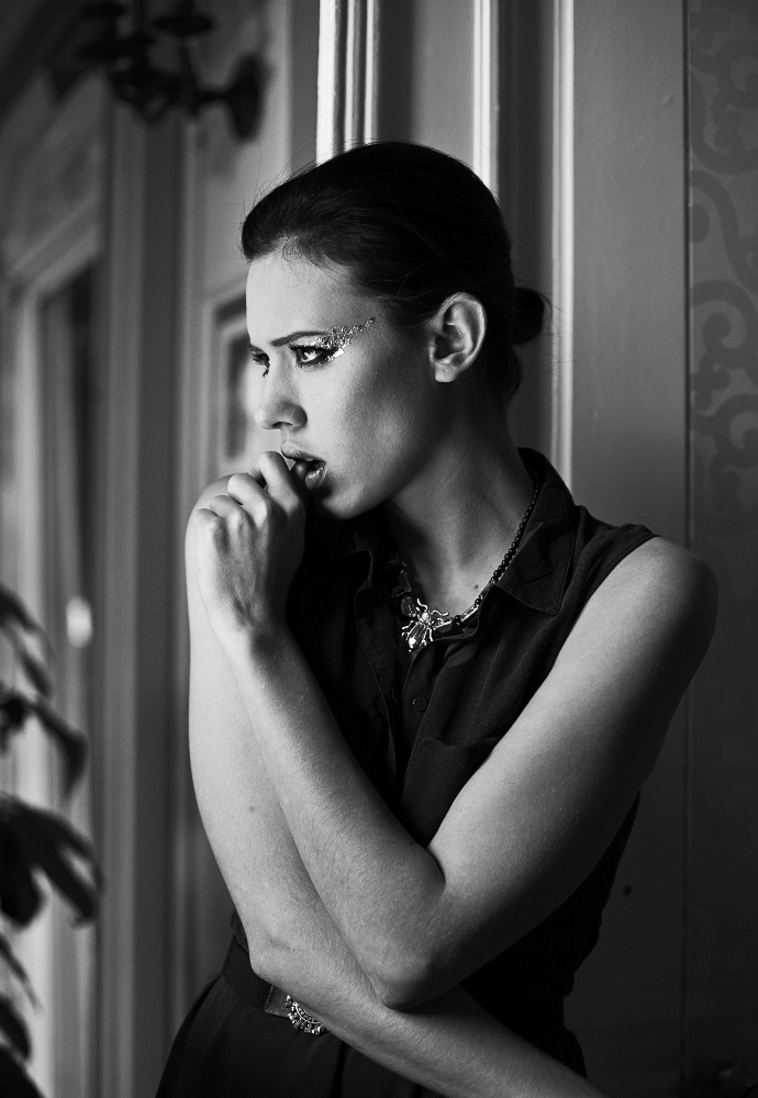 Fotograf: Victoria Kochańska  Modelka: Mika/ Wave Models    ---  Natalia Świętochowska / Make-up Artist / Warsaw