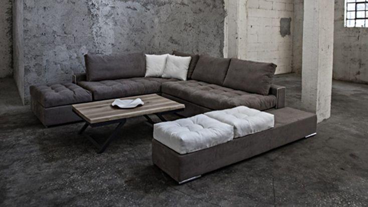 Γωνιακός καναπές G.Ring ξεχωρίζει για το εναλλακτικό του design και την ευελιξία του. Κατάλληλος για όλους τους χώρους καθιστικού, λόγω της μεγάλης του ευελιξίας στις διαστάσεις,
