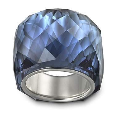 A fine Swarovsky ring!