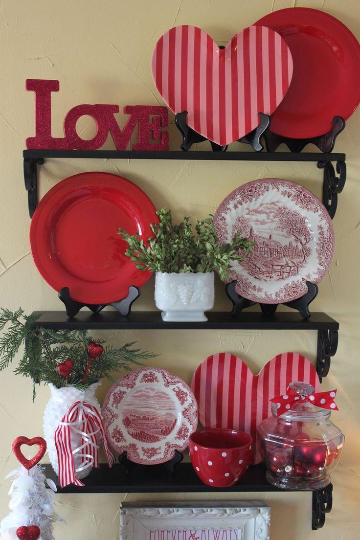 red kitchen decor ~ peeinn