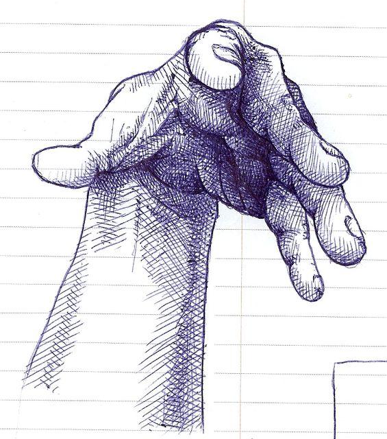 Impresionante dibujo a bolígrafo de una mano en escorzo. A la dificultad de la perspectiva que ofrece el dibujo hay que sumarle lo compicado del bolígrafo como herramienta de trabajo, ya que es realmente imprecisa y tosca.