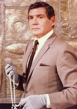 N°1 - Gene Barry as Dr Ray Flemming (1968) - Prescription : Murder (Inculpé de meurtre) - Pilote 1