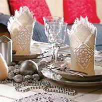 Комбинированные салфетки с мережкой и вязанием крючком