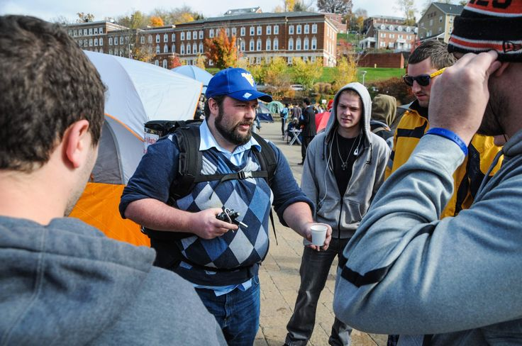 Charleston Daily Mail | Students, TV crew 'fired up' for ESPN's College GameDay