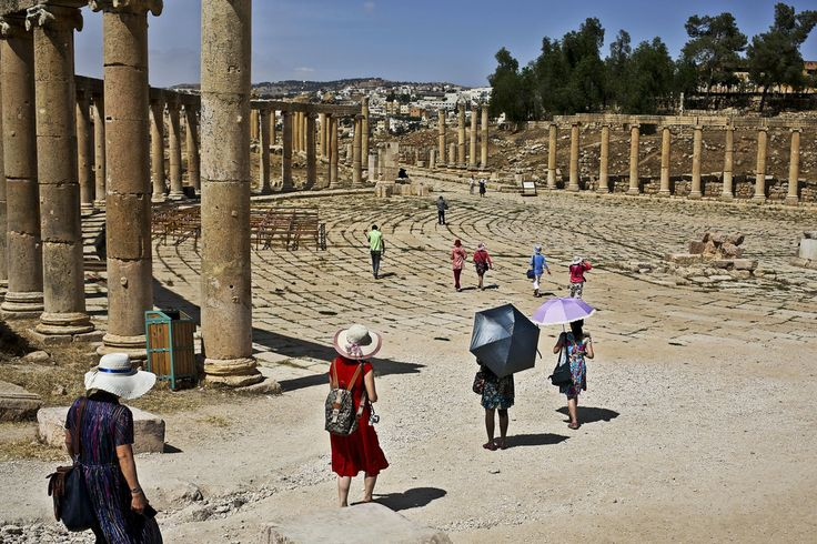 Conflicts in Syria and Region Take Toll on Jordan's Tourism - The New York Times