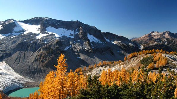 Pacific Crest Trail is one of the best long-distance hiking trails in the US!: Hiking Trail, Outdoor, Photo